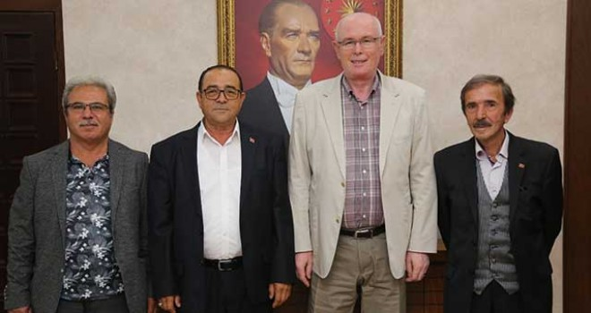 CHP SİVRİHİSAR'DAN BAŞKAN KURT'U ZİYARET