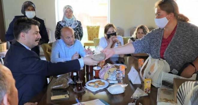 """""""KIZ KARDEŞİM PROJESİ"""" ÜYELERİ BULUŞTU"""