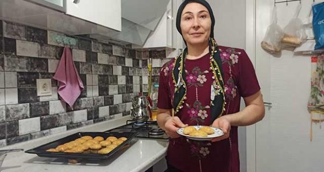 TEPSİ TEPSİ DEĞİL EV HALKINA KADAR!