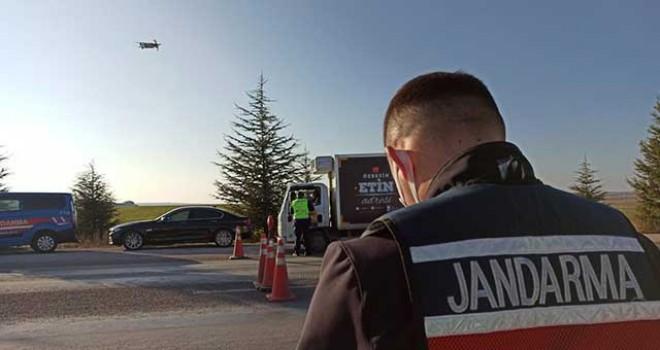 JANDARMADAN DRONELİ SOKAĞA ÇIKMA YASAĞI DENETİMİ