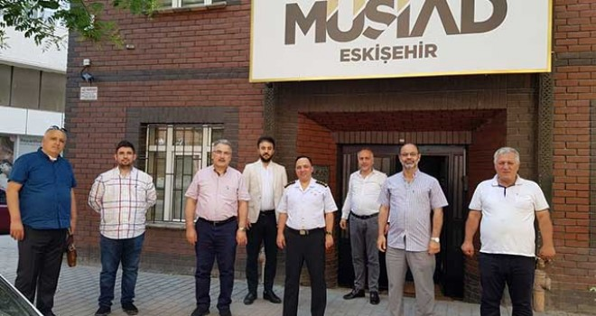 MÜSİAD'I ZİYARET ETTİ