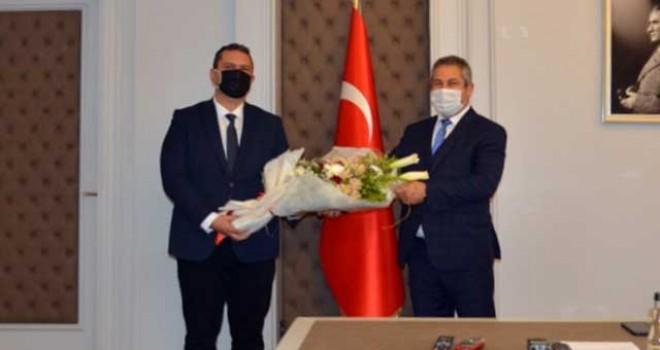"""""""POLİS TEŞKİLATI MİLLETİN  GÖZDE TEŞKİLATIDIR"""""""