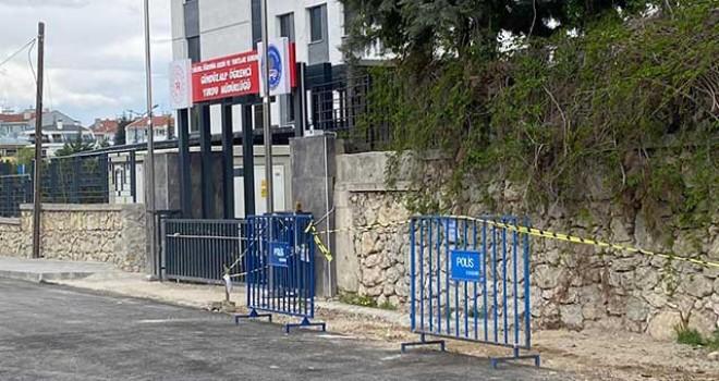 ORTADA KALAN ÇÖPLERİ TEPEBAŞI EKİPLERİ TOPLANDI