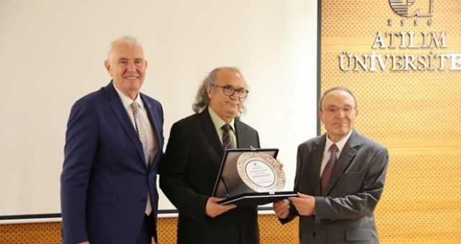 PROF. DR. NAZMİ KOZAK'A ÖDÜL VERİLDİ